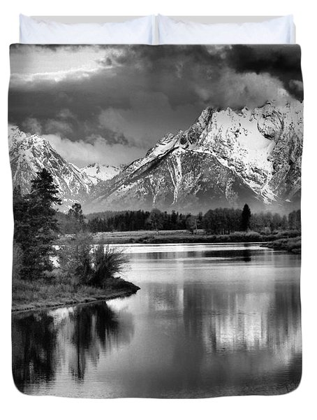Tetons In Black And White Duvet Cover by Dan Sproul