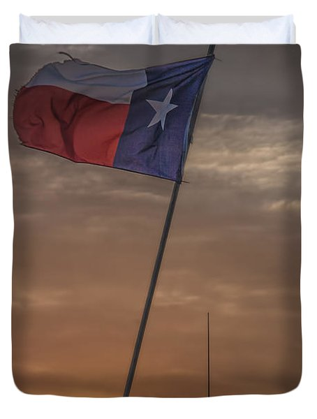 Texas Flag Flying From A Fishing Boat At Sunrise Duvet Cover