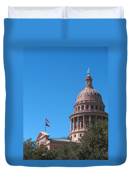 Duvet Cover featuring the photograph Texas State Capitol With Pediment by Connie Fox