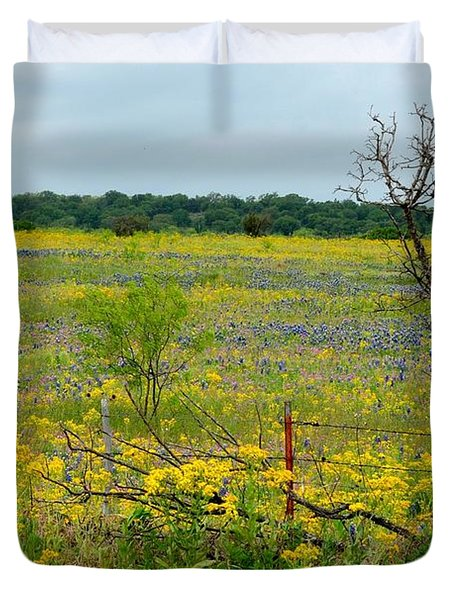 Texas Wildflowers And Mesquite Tree Duvet Cover