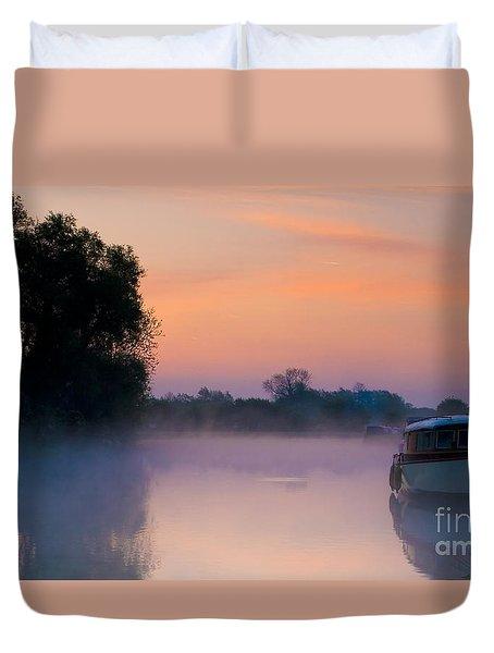 River Thames At Dawn  Duvet Cover