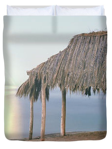 Thatched Roof On The Beach, Windansea Duvet Cover