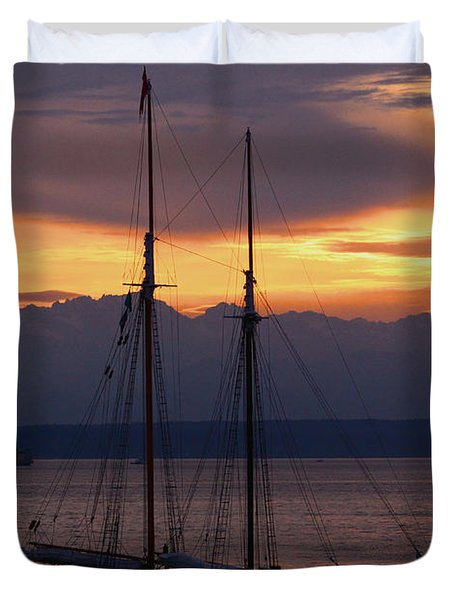 The Adventuress Cruise Duvet Cover by Kym Backland