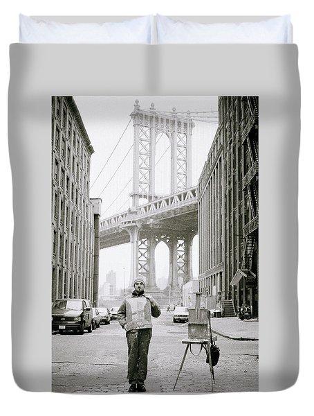 The Artist In New York Duvet Cover by Shaun Higson