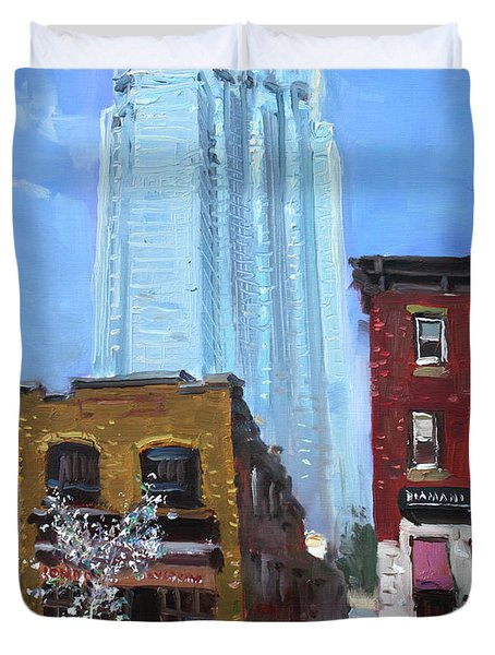 The Beauty N' The Background In London Canada Duvet Cover