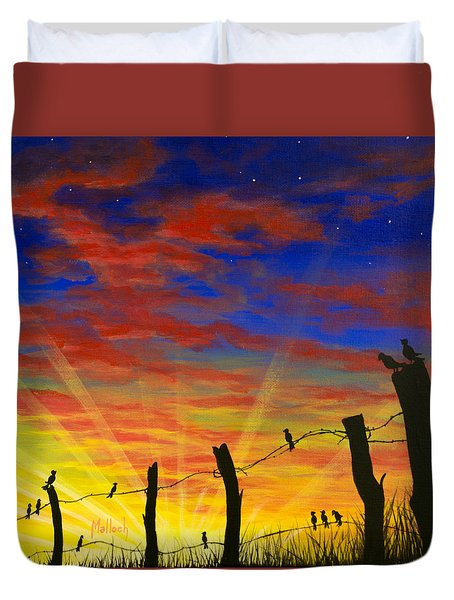 The Birds - Red Sky At Night Duvet Cover