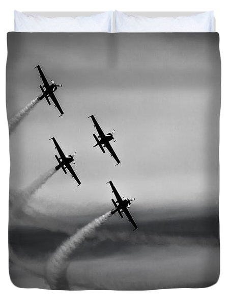 The Blades In Formation Sunderland Air Show 2014 Duvet Cover by Scott Lyons