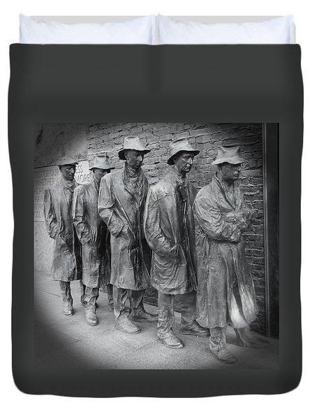 The Breadline Bw - Fdr Memorial Duvet Cover