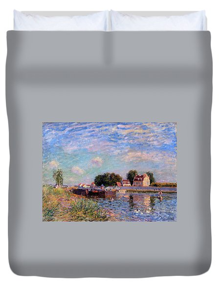 The Canal At Saint-mammes Duvet Cover