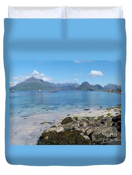 Duvet Cover featuring the photograph The Cuillins - Isle Of Skye by Phil Banks