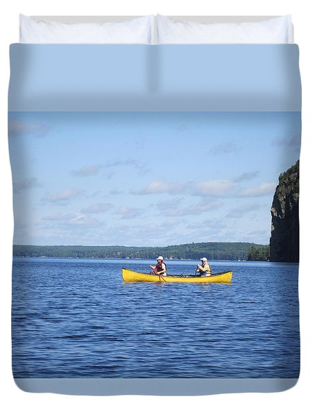 Duvet Cover featuring the photograph the day in Bay  by Jieming Wang