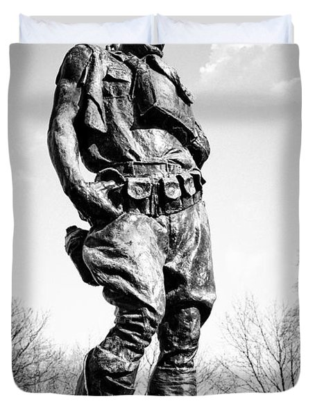 The Doughboy - Tribute To The American Expeditionary Forces Of World War 1 Duvet Cover by Gary Heller