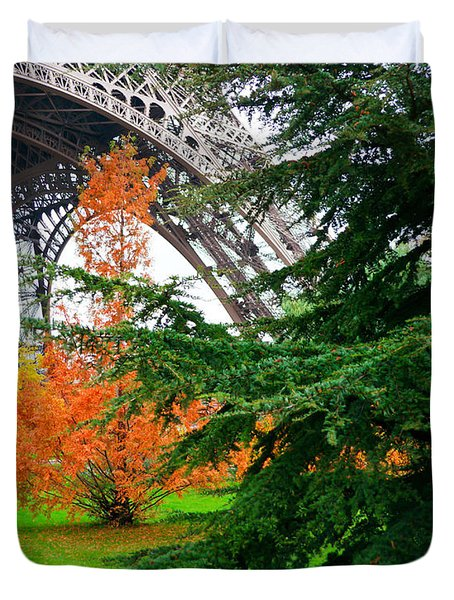 The Eiffel In Fall Duvet Cover