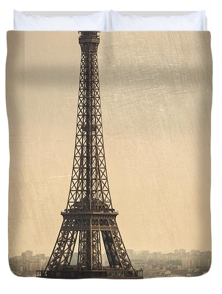 The Eiffel Tower In Paris France Duvet Cover