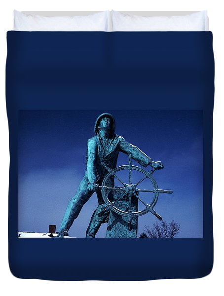 Duvet Cover featuring the photograph The Fisherman Statue Gloucester by Tom Wurl