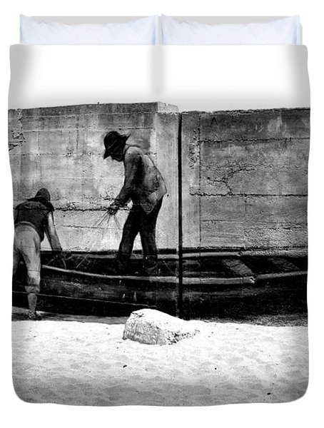 The Fishermen And The Sea... Duvet Cover by Chiara Corsaro