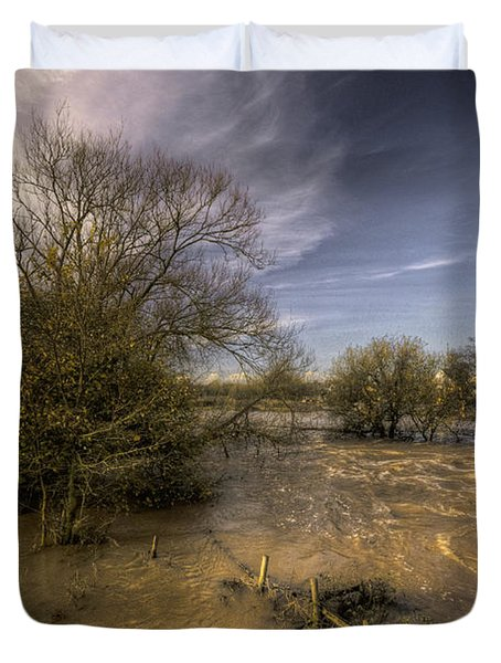 The Floods At Stoke Canon  Duvet Cover by Rob Hawkins
