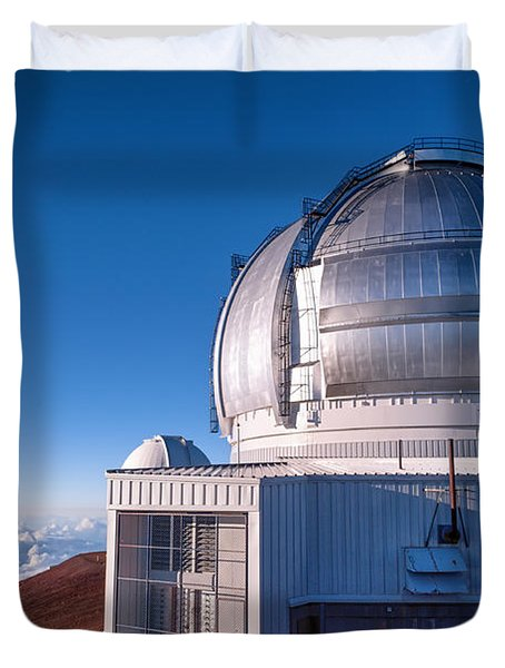 Duvet Cover featuring the photograph The Gemini Observatory by Jim Thompson