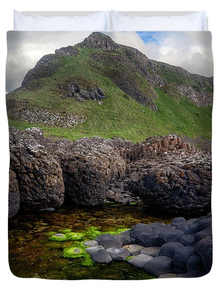 The Giant's Causeway - Peak And Pool Duvet Cover