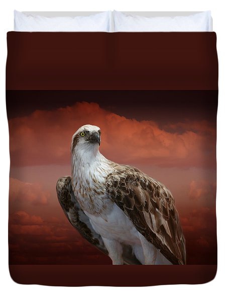 Duvet Cover featuring the photograph The Glory Of An Eagle by Holly Kempe