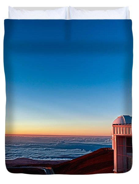 Duvet Cover featuring the photograph The Glow Of The Warm Sunset Reflecting Off Of The Gemini 8.1m Op by Jim Thompson