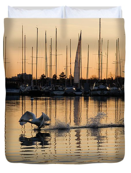 The Golden Takeoff - Swan Sunset And Yachts At A Marina In Toronto Canada Duvet Cover