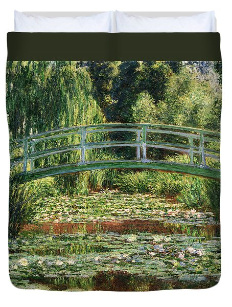 The Japanese Footbridge And The Water Lily Pool Giverny Duvet Cover