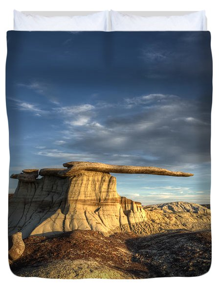 The King Of Wings Duvet Cover by Bob Christopher