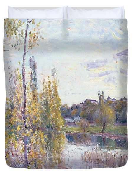 The Lake At Chevreuil Duvet Cover by Alfred Sisley
