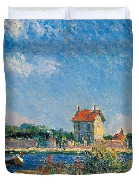 The Loing Canal At Saint-mammes Duvet Cover by Alfred Sisley