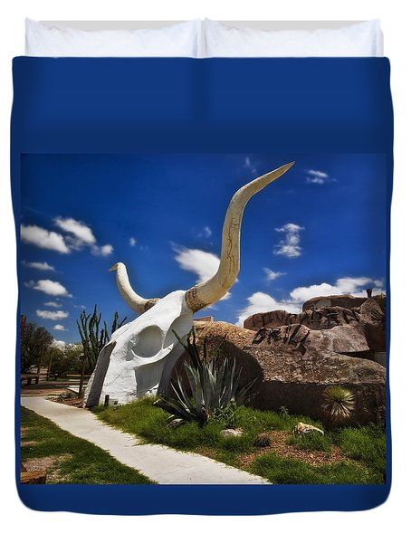 The Long Horn Grill Duvet Cover by Gary Warnimont