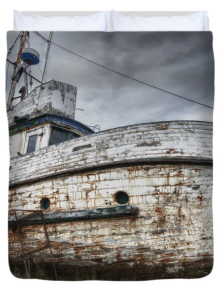 The Lost Fleet Weathering The Storm Duvet Cover