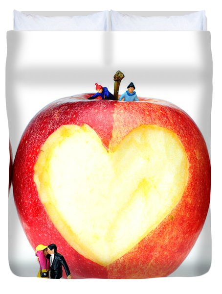 The Lovers In Valentine's Day Little People On Food Duvet Cover