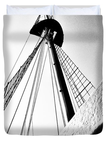 The Mast Of The Peacemaker Duvet Cover