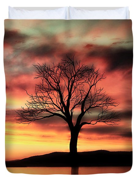 The Memory Tree Duvet Cover