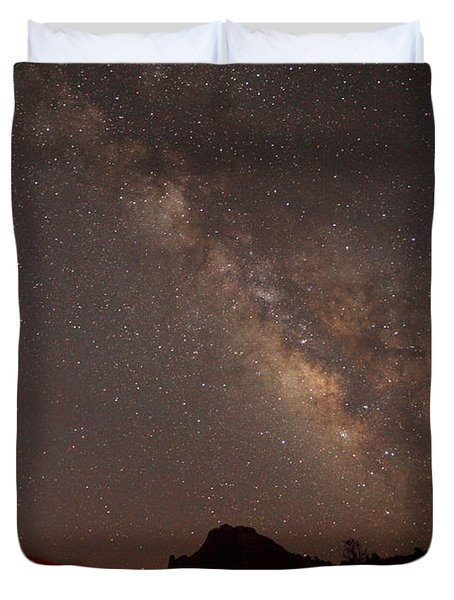 The Milky Way Over Mesa Arch Duvet Cover by Alan Vance Ley