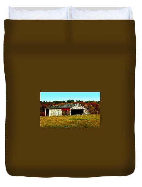 Duvet Cover featuring the photograph The Old Barn by Bruce Carpenter