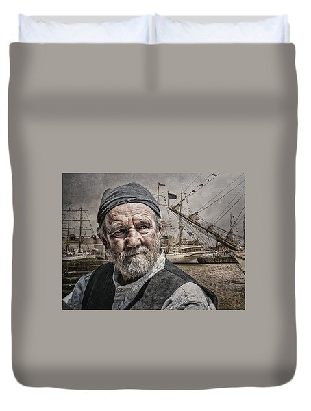 Duvet Cover featuring the photograph The Old Salt by Brian Tarr
