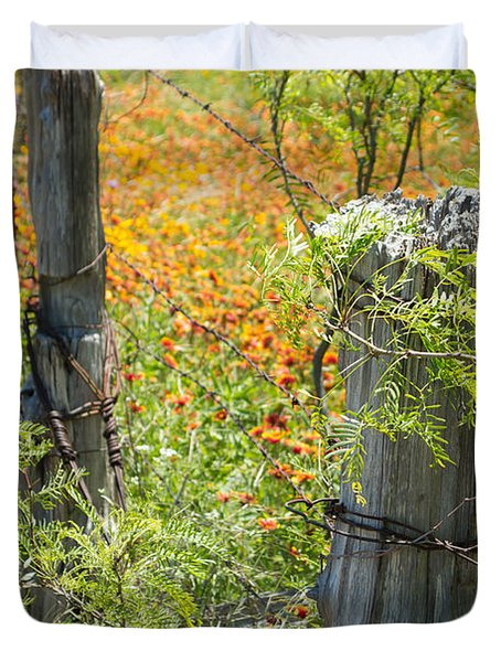 Marble Falls Texas Old Stalwart Fence Posts Duvet Cover