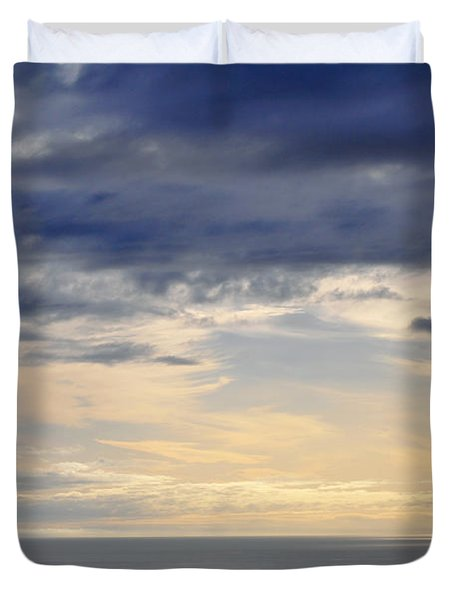Duvet Cover featuring the photograph The Pacific Coast by Kyle Hanson
