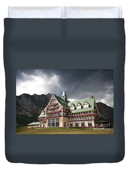 The Prince Of Wales Hotel Waterton Lakes Np  Duvet Cover by Teresa Zieba