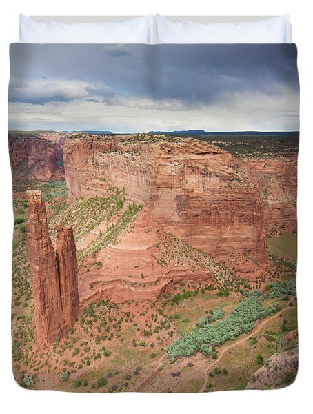 The Sandstone Spire, Spider Rock Duvet Cover