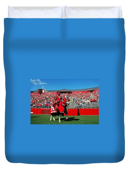 The Scarlet Knight And His Noble Steed Duvet Cover