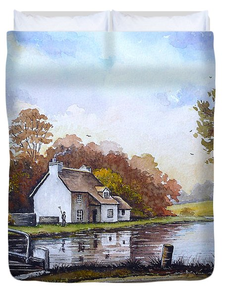 The Staffordshire And Worcestershire Canal Duvet Cover by Andrew Read