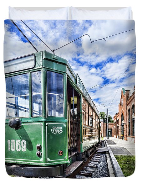 The Stib 1069 Streetcar At The National Capital Trolley Museum I Duvet Cover