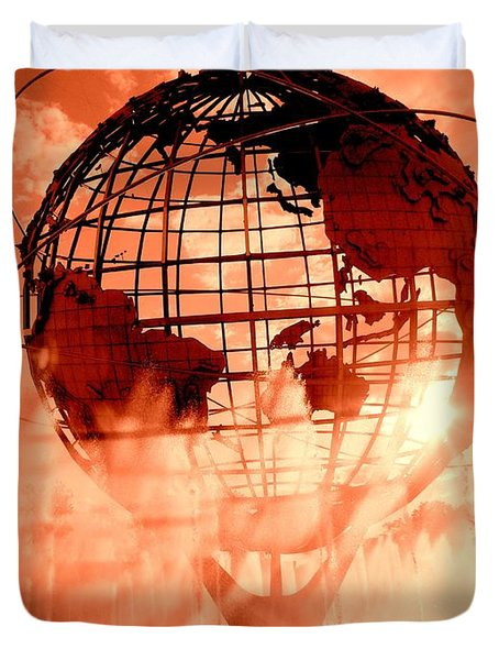 The Unisphere And Fountains Duvet Cover by Ed Weidman