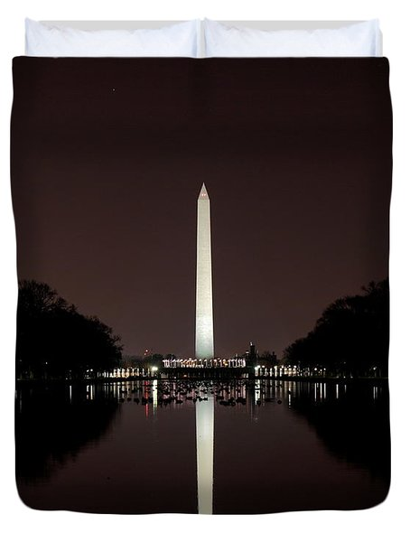 The Washington Monument - Reflections At Night Duvet Cover