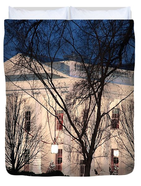 Duvet Cover featuring the photograph The White House At Dusk by Cora Wandel