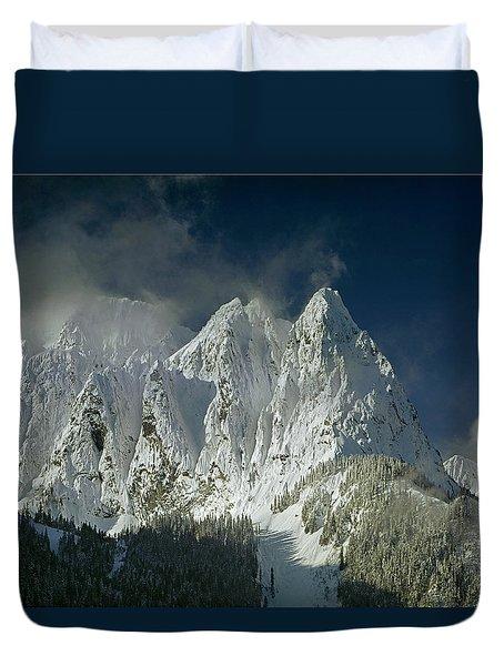 1m4503-three Peaks Of Mt. Index Duvet Cover
