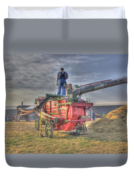Threshing At Rollag Duvet Cover by Shelly Gunderson